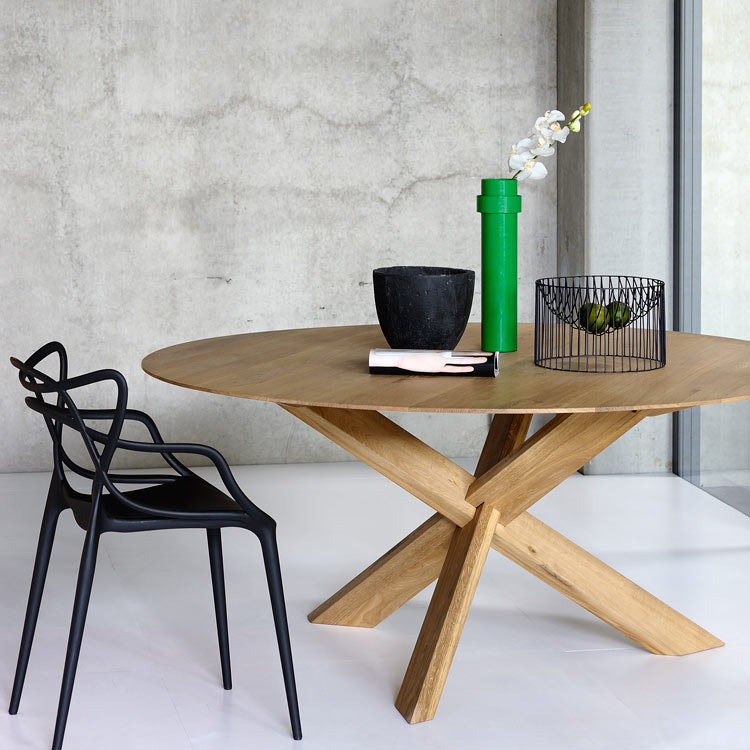 tripod table a riving home. Black Bedroom Furniture Sets. Home Design Ideas