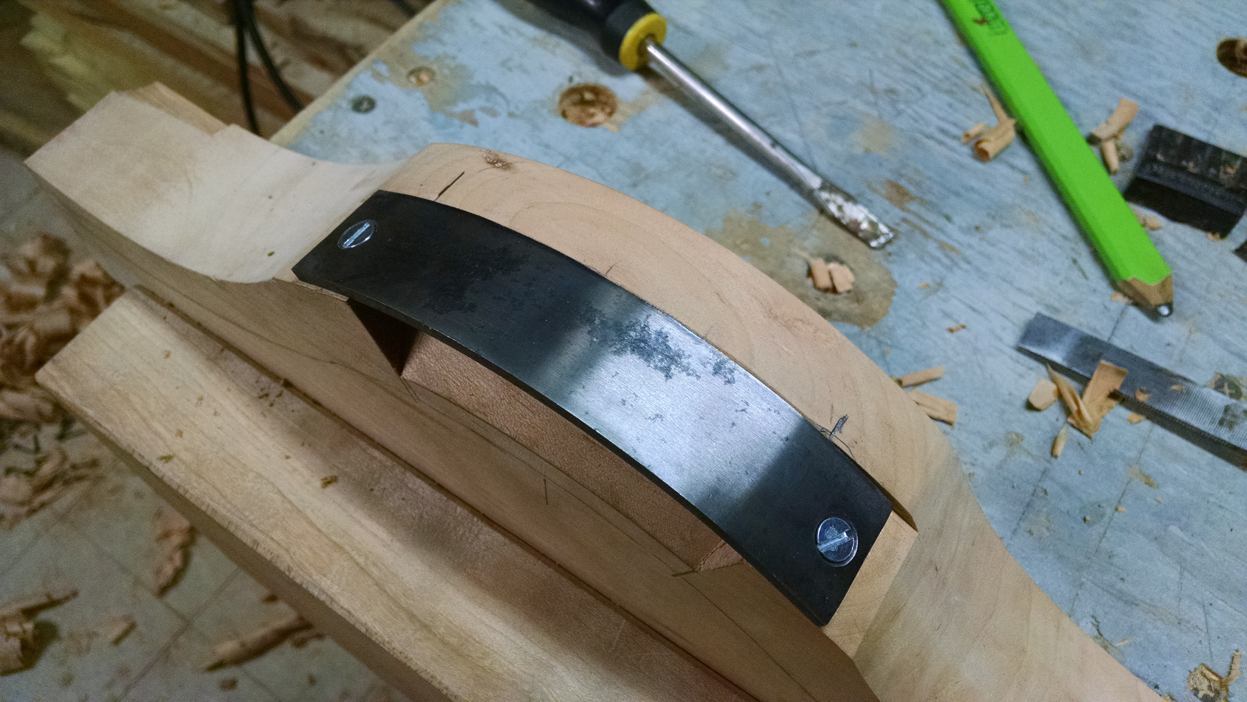 14-Travisher Blade